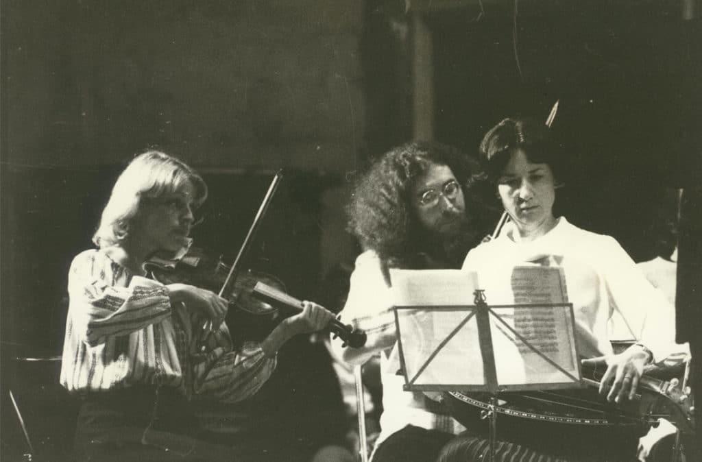 Michèle Fromenteau joue le concert des 4 saisons au XIIe festival de la Chaise Dieu, en 1979, avec Mireille Cardoze et Gilbert Bezzina.