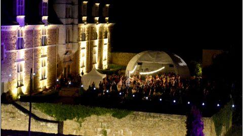 Ambiance nocturne cour du Château le son continu 2016©Stéphanie Beerens